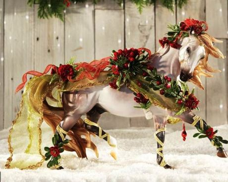 Breyer Holiday 2014 Horse